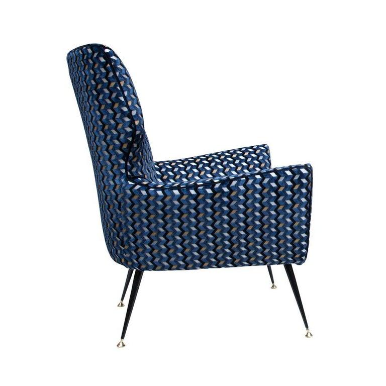 Modernist Armchair Blue Black Gold Velvet Upholstery Italian Design G. Radice In Good Condition For Sale In London, GB