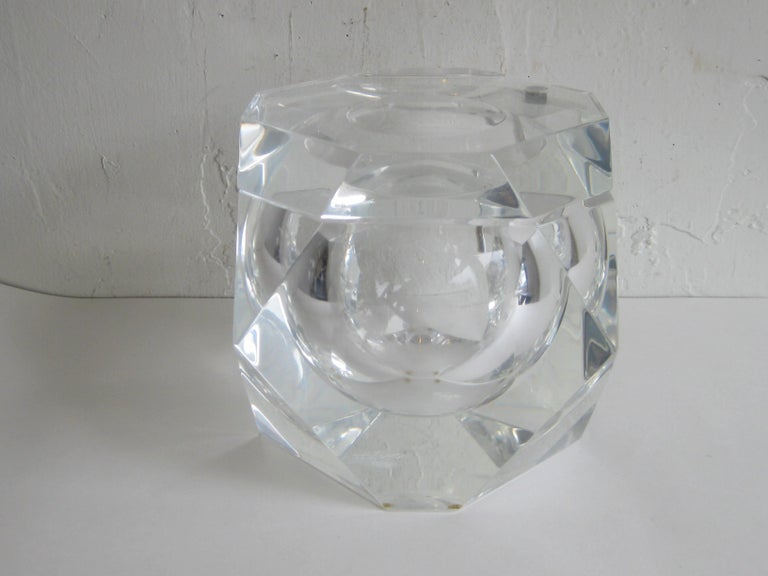 Modernist Alessandro Albrizzi Italian Faceted Lucite Bar Ice Bucket, circa 1970 For Sale 8