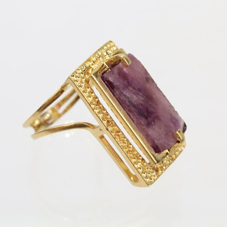 Modernist Asymmetrical 18k Gold and Rough Cut Amethyst Gemstone Cocktail Ring For Sale 6