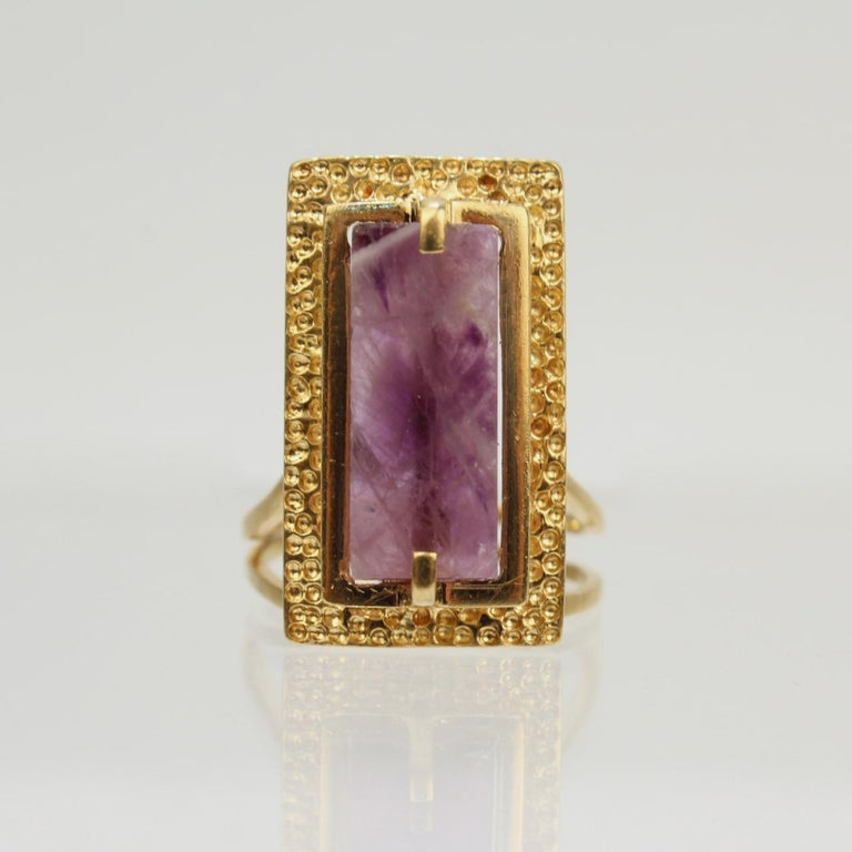 Modernist Asymmetrical 18k Gold and Rough Cut Amethyst Gemstone Cocktail Ring For Sale 1