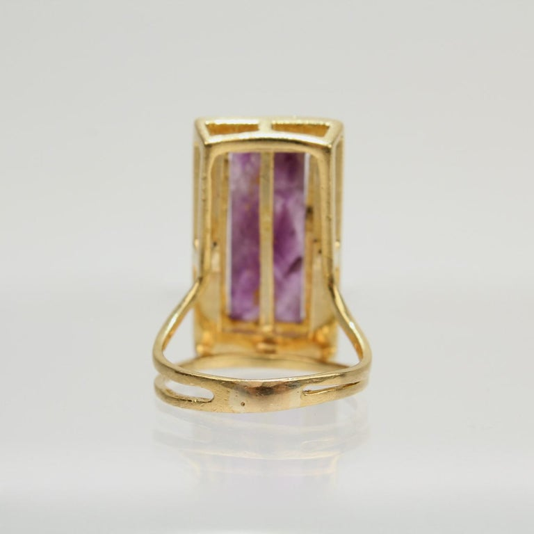 Modernist Asymmetrical 18k Gold and Rough Cut Amethyst Gemstone Cocktail Ring For Sale 3