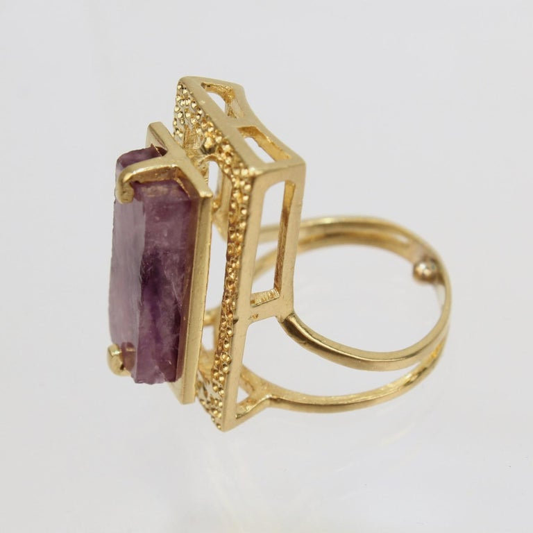Modernist Asymmetrical 18k Gold and Rough Cut Amethyst Gemstone Cocktail Ring For Sale 4