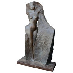 Modernist Bronze Sculpture of a Nude Woman