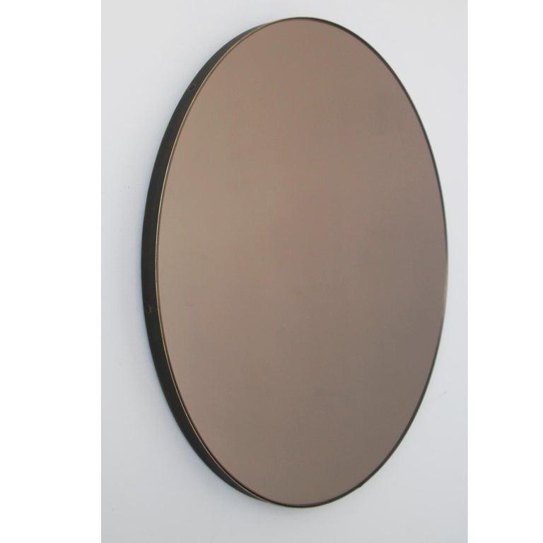 Modernist Bronze Tinted Orbis™ Round Mirror Brass Frame, Medium, Customizable In New Condition For Sale In London, GB
