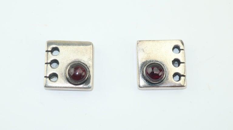 Modernist C.1950 Sam Kramer Sterling Silver & Garnet Cufflinks For Sale 4