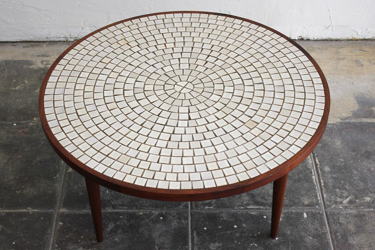 20th Century Modernist Ceramic Tile-Top Gordon & Jane Martz Walnut Round Coffee Table For Sale