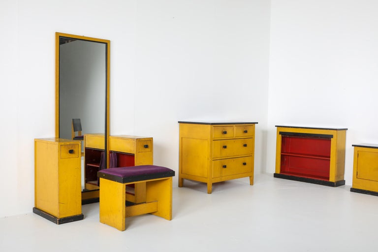 Modernist Chest of Drawers by Wouda, 1924 For Sale 4
