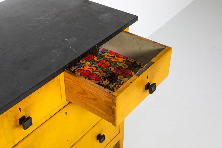 Modernist Chest of Drawers by Wouda, 1924 For Sale 2