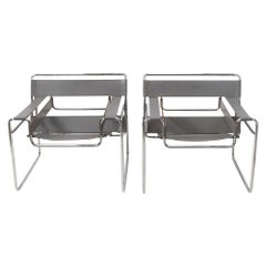 Modernist Classic Pair of Grey Leather Wassily Chairs by Marcel Breuer, 1980s