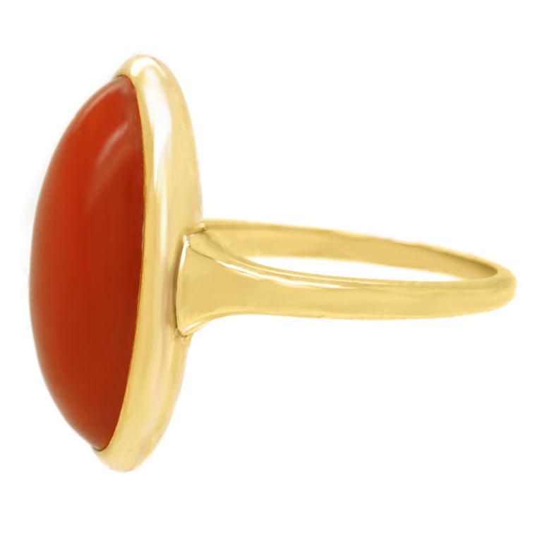 Modernist Coral-Set Gold Ring For Sale 5