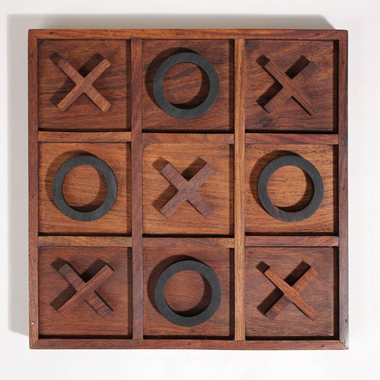 Great handmade modernist craftsman studio Tic Tac Toe sculptural rosewood wood game. Artist made but no signatures. Each piece was hand-carved and well made. Woods are rosewood, walnut and ebony. In great shape. One of a kind item.
