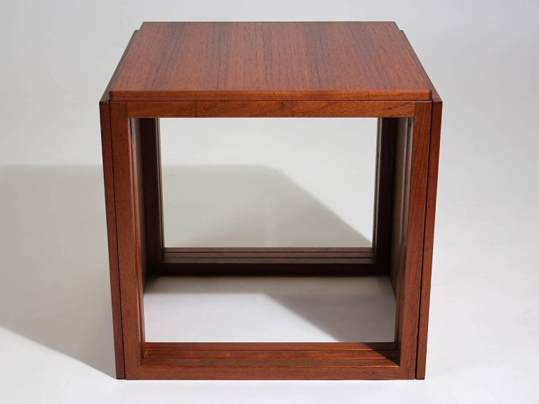 Modernist Danish Kai Kristiansen Teak Wood Modular Nesting Tables In Excellent Condition For Sale In San Diego, CA