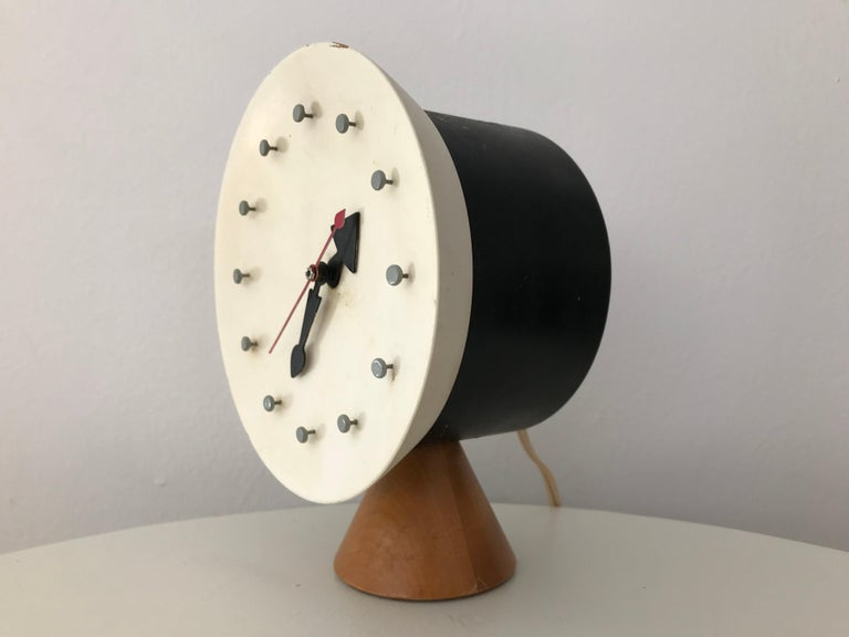 Mid-Century Modern Modernist Desk Table Clock by George Nelson and Irving Harper for Howard Miller For Sale