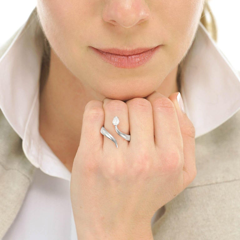 Modernist Diamond-Set Snake Ring In Excellent Condition For Sale In Litchfield, CT