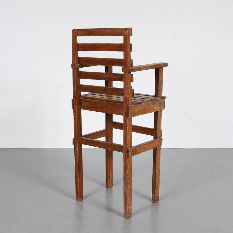 Mid-Century Modern Modernist Dutch Children Chair in the Style of Gerrit Rietveld, circa 1950 For Sale