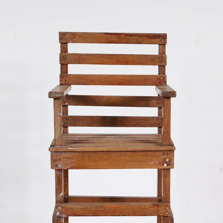 Wood Modernist Dutch Children Chair in the Style of Gerrit Rietveld, circa 1950 For Sale