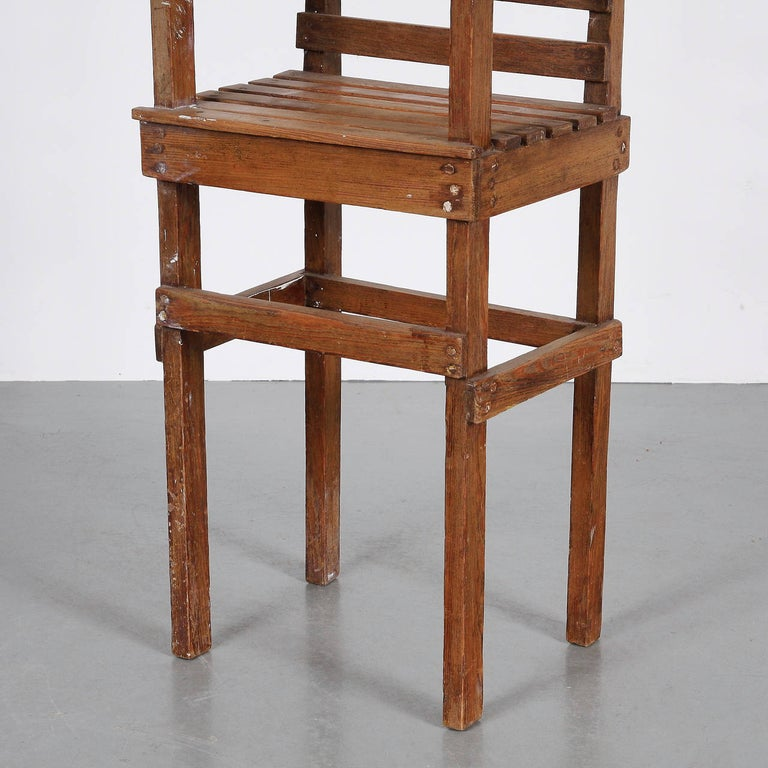 Modernist Dutch Children Chair in the Style of Gerrit Rietveld, circa 1950 For Sale 1