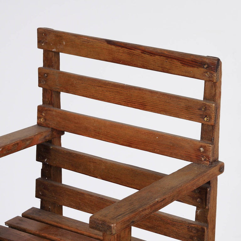 Modernist Dutch Children Chair in the Style of Gerrit Rietveld, circa 1950 For Sale 2