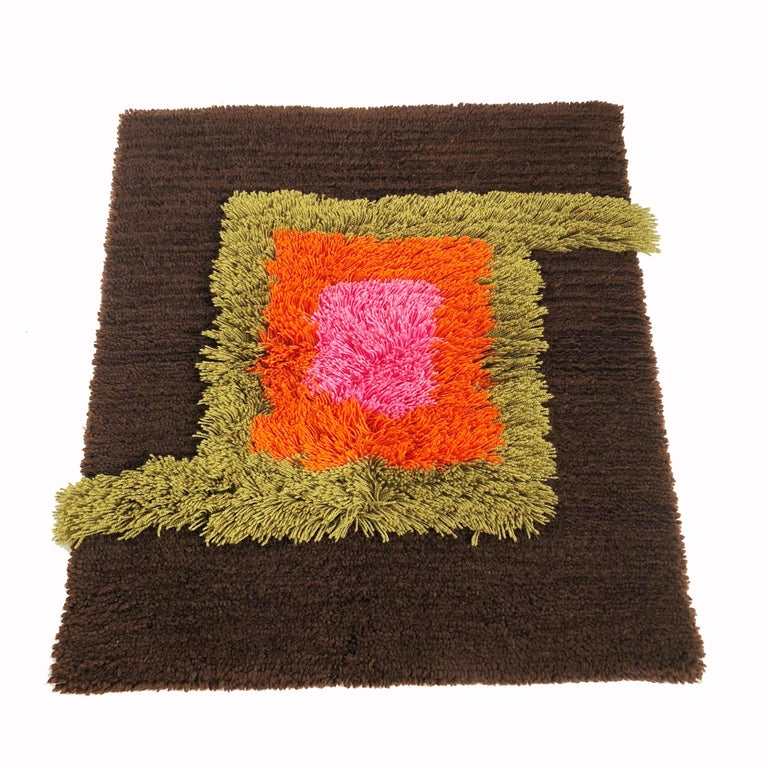 20th Century Modernist German Wall Rug by Cromwell Tefzet, Design by S. Doege, Germany, 1970s For Sale