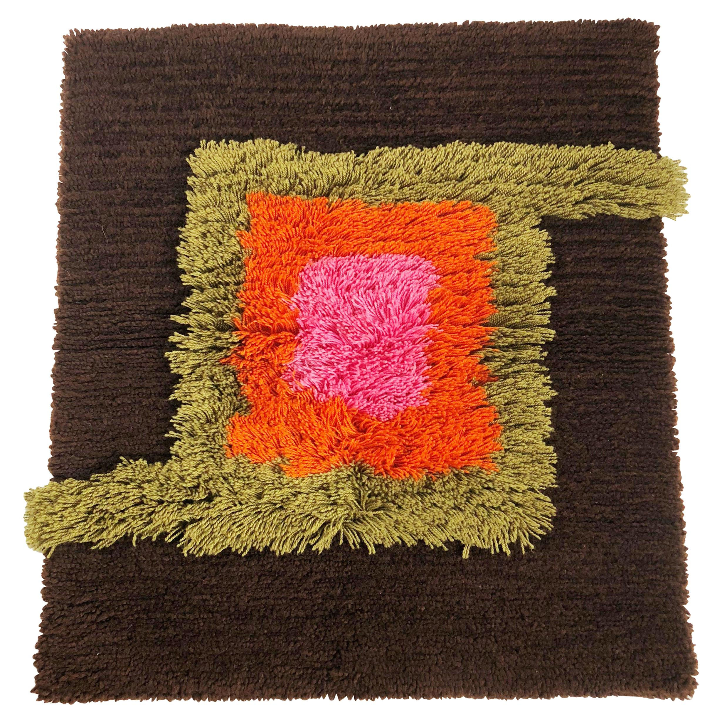 Modernist German Wall Rug by Cromwell Tefzet, Design by S. Doege, Germany, 1970s