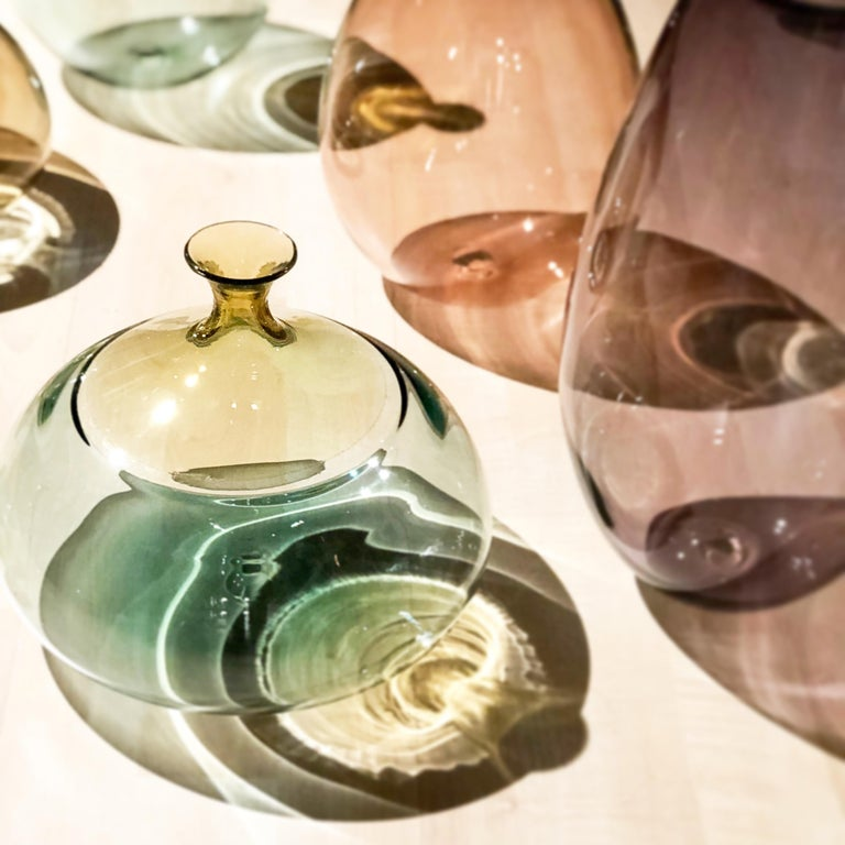 Hand-Crafted Modernist Hand Blown Art Glass Vessel in Straw and Tourmaline by Vetro Vero For Sale