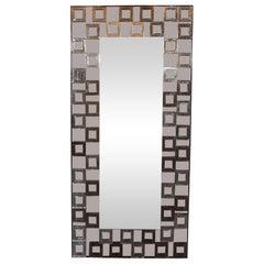 Modernistische mundgeblasenem Murano geräuchert Spiegel mit sich wiederholenden quadratische Motive
