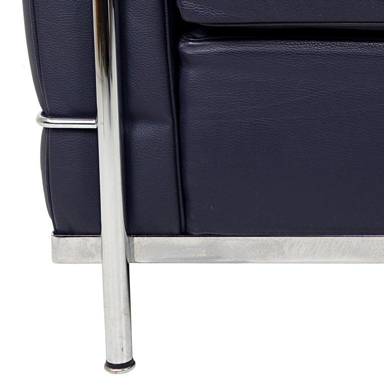 Modernist LC2 Easy Chair by Le Corbusier and Charlotte Perriand for Cassina For Sale 6