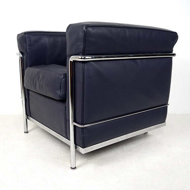French Modernist LC2 Easy Chair by Le Corbusier and Charlotte Perriand for Cassina For Sale