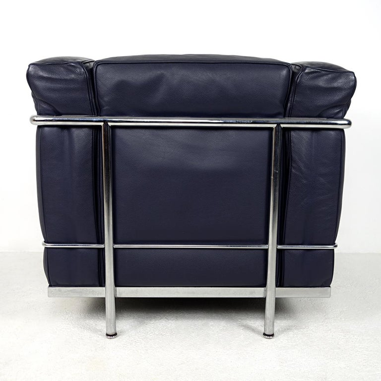 Leather Modernist LC2 Easy Chair by Le Corbusier and Charlotte Perriand for Cassina For Sale