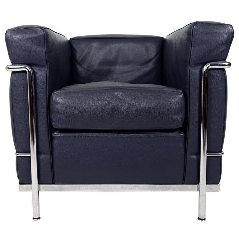 Modernist LC2 Easy Chair by Le Corbusier and Charlotte Perriand for Cassina For Sale