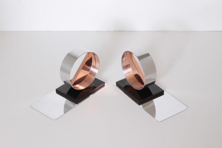 Modernist Machine Age Art Deco Sculptures / Bookends Pair Copper Chrome Bakelite In Good Condition For Sale In Dallas, TX