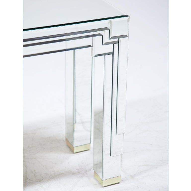 Modernist Mirrored Console In Good Condition For Sale In New York, NY