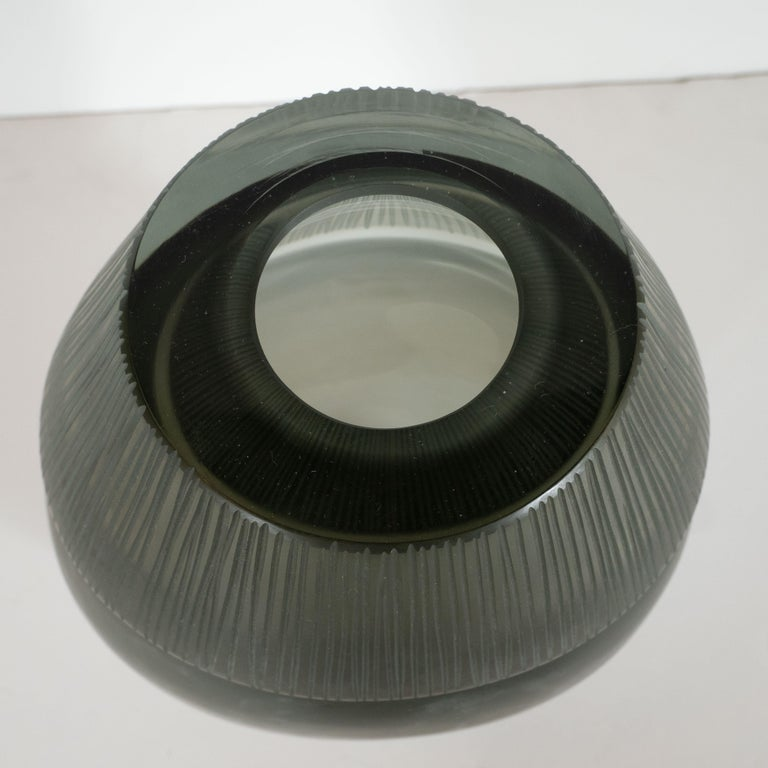 Modernist Ovoid Handblown Murano Ribbed Frosted Graphite Glass Vase In Excellent Condition For Sale In New York, NY