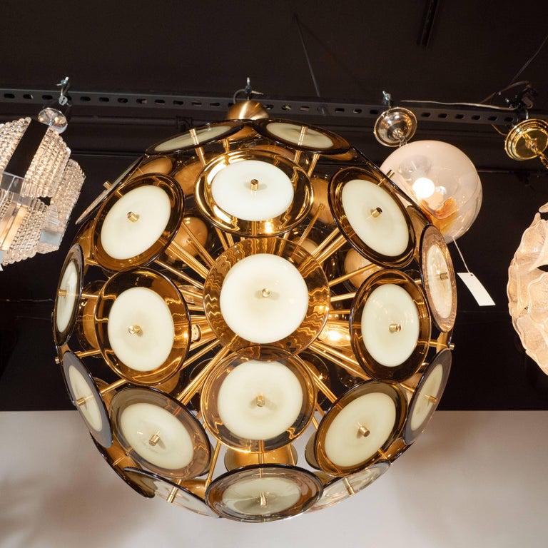 Modernist Polished Brass Vistosi Chandelier with Handblown Murano Topaz Discs For Sale 1