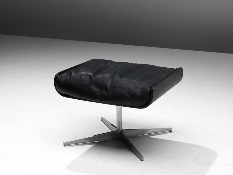 Modernist Swivel Lounge Chair with Ottoman in Black Leather For Sale 4