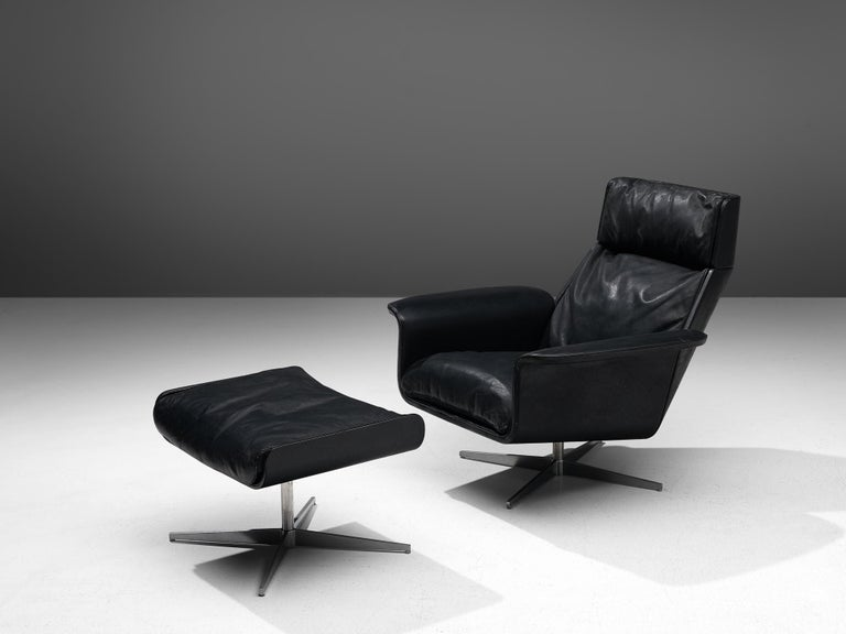 Mid-Century Modern Modernist Swivel Lounge Chair with Ottoman in Black Leather For Sale