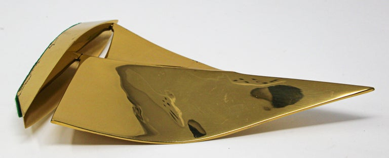 Modernist Vintage Cast Brass Sailboat Paperweight Sculpture For Sale 7