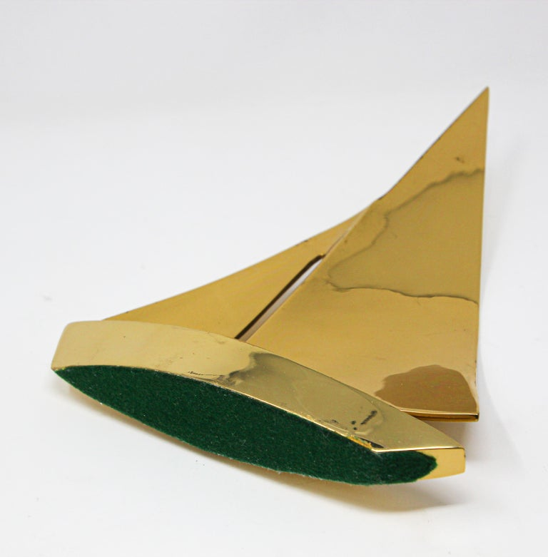 Modernist Vintage Cast Brass Sailboat Paperweight Sculpture For Sale 8