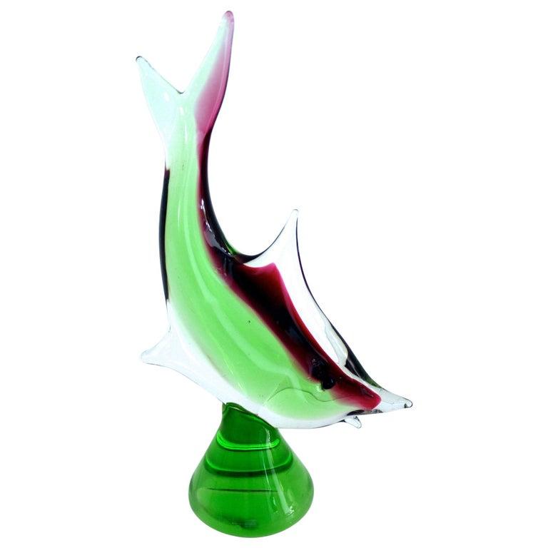 Modernist Vintage Murano Art Glass Fish Figurine on Pedestal, circa 1970 For Sale