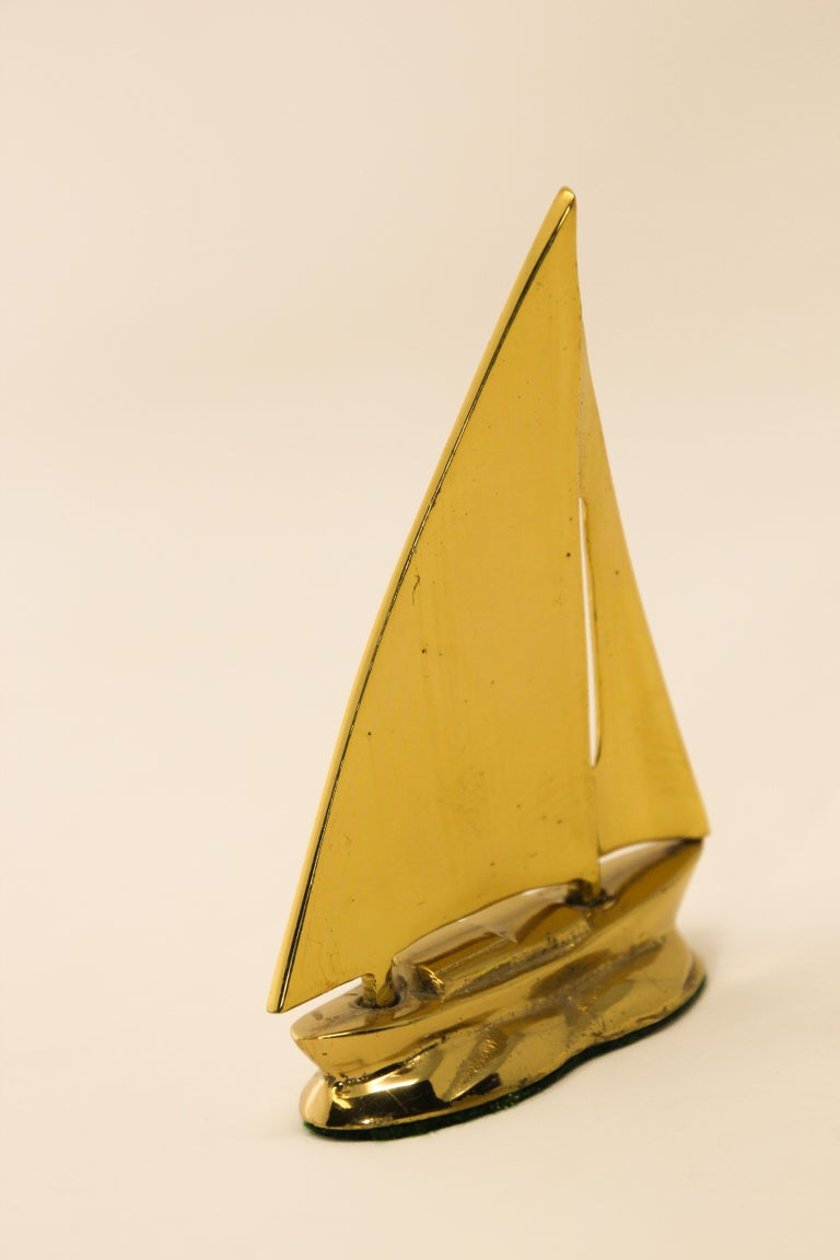 Mid-Century Modern Modernist Vintage Polished Brass Sailboat Paperweight For Sale