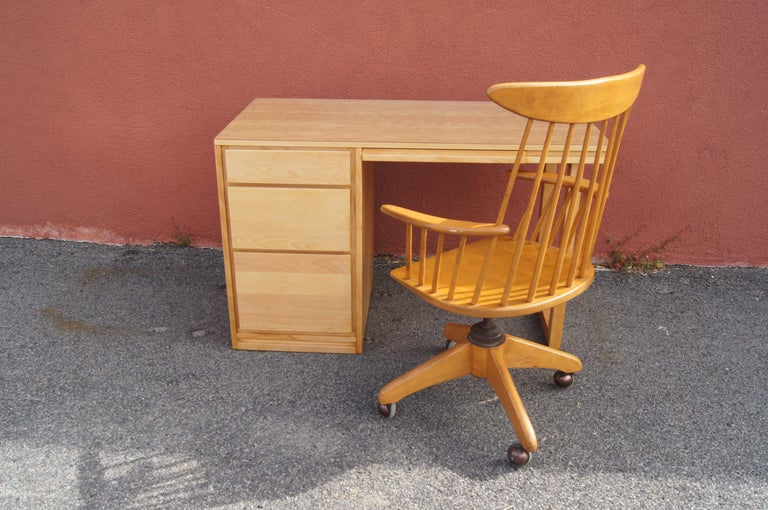 Formica ModernMates Desk by Leslie Diamond for Conant Ball For Sale