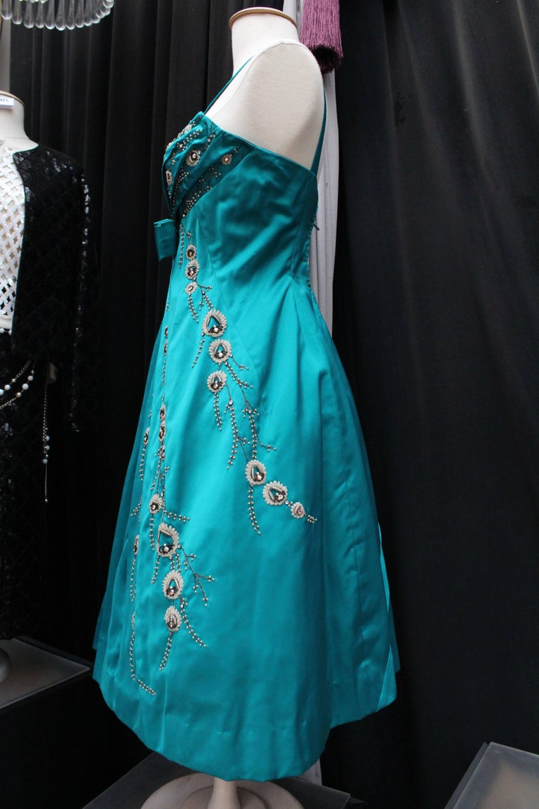 Modissa turquoise satin cocktail dress with bead embroideries In Good Condition For Sale In Paris, FR