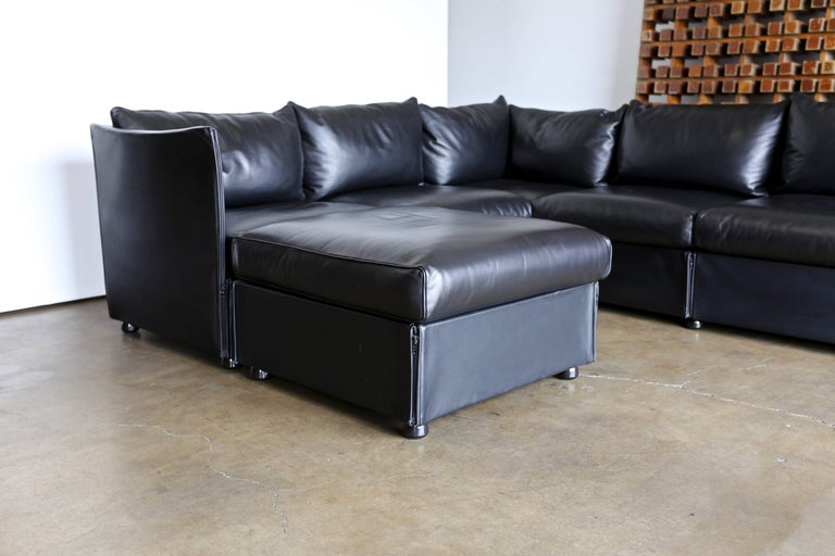 Modular Leather Char-a-Banc Sofa by Mario Bellin for Cassina For Sale 6