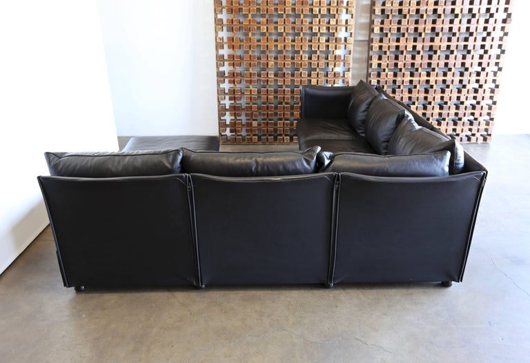 Modular Leather Char-a-Banc Sofa by Mario Bellin for Cassina For Sale 1