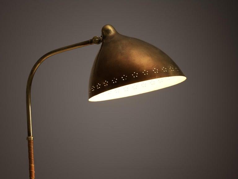 Mogens Voltelen 'Copenhagen Chair' in Original Leather and Lisa Johansson Lamp 6