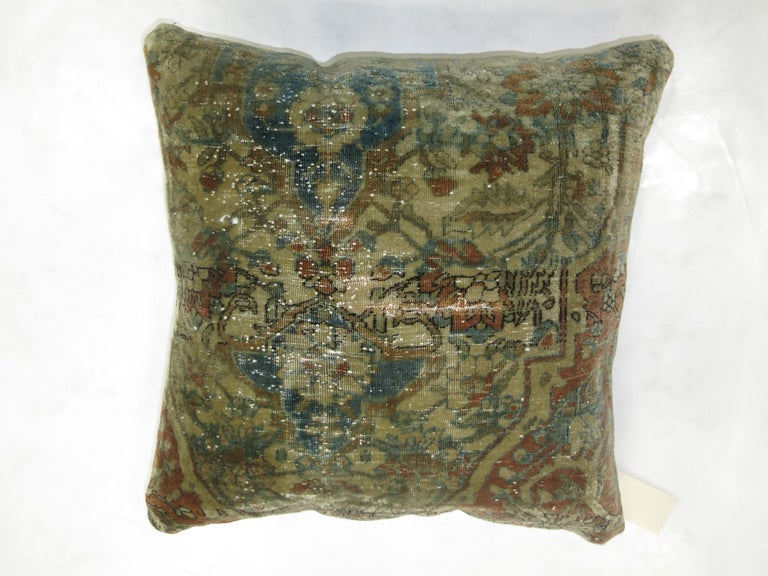 Mohtasham Medallion Persian Rug Pillow In Excellent Condition For Sale In New York, NY