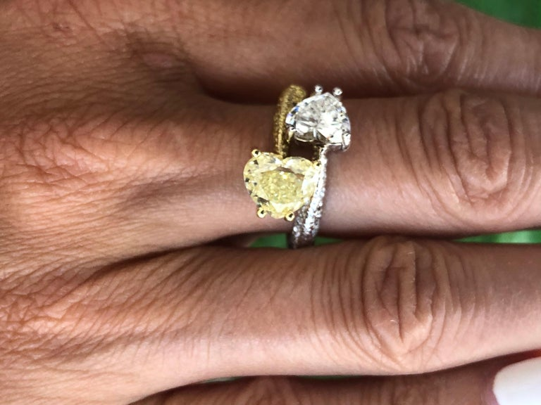 Moi Et Toi Double Hearts 3.46 Carat Diamonds Ring 18 Karat For Sale 4