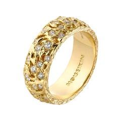 Moiseikin 18 Karat Gold Diamond Starry Night Infinity Ring