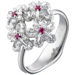 Moiseikin 18 Karat White Gold Diamond Flower Ring