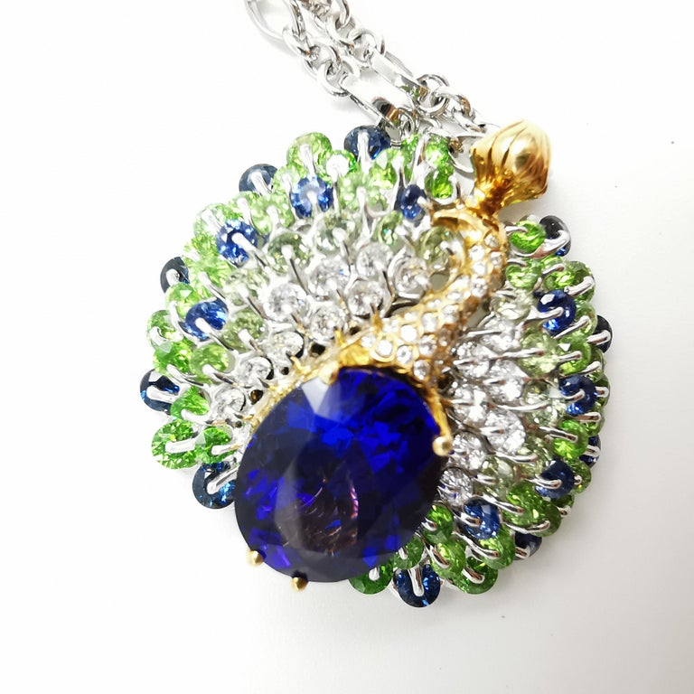 Moiseikin 18 Karat Gold Tanzanite Diamond Sapphire Peacock Pendant Necklace In New Condition For Sale In Hong Kong, HK